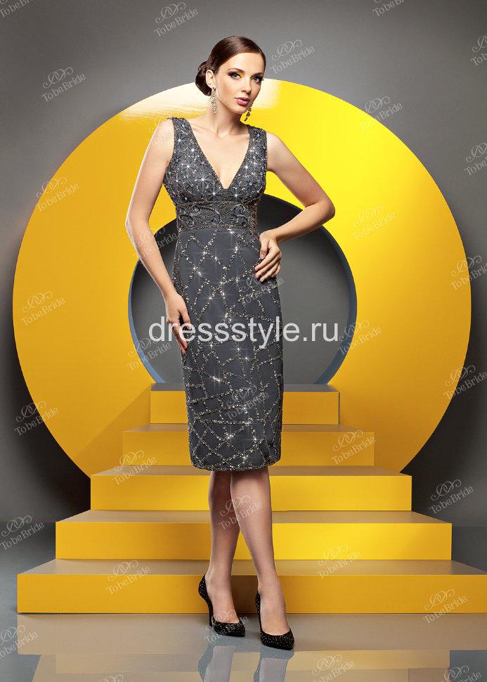 Женские платья украшенные бусинками или стразами фото