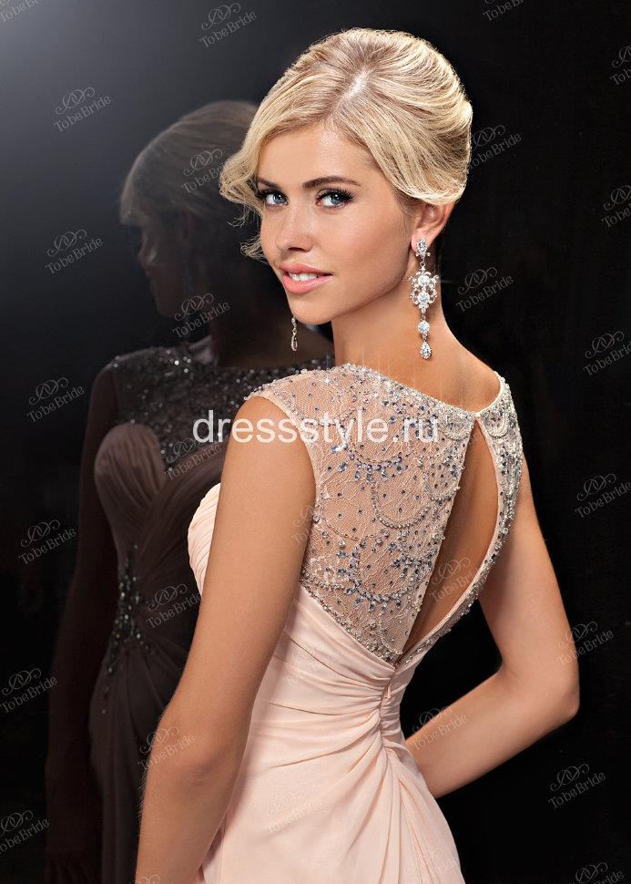 11ab42cecfa Вечернее длинное бледно-розовое платье с декором на талии и лифе из камней
