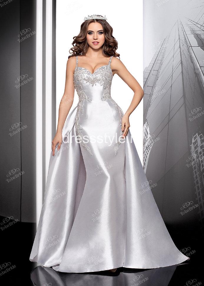 906c3e02797 Вечернее длинное платье серого цвета с пышной юбкой и расшитым лифом FA069B