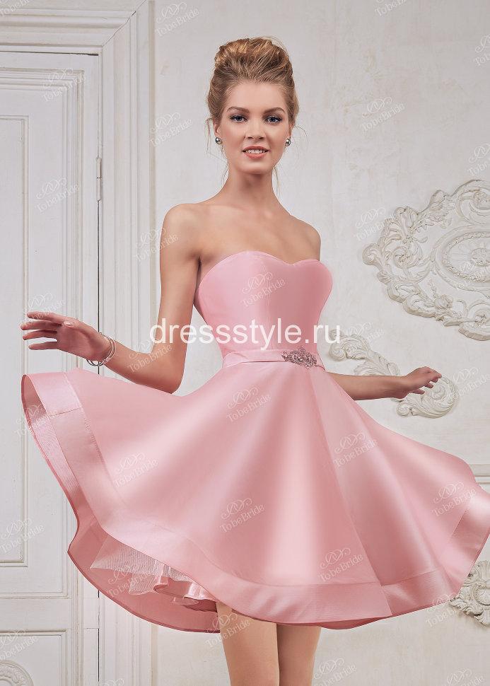 Платье нежно розовое коктейльное